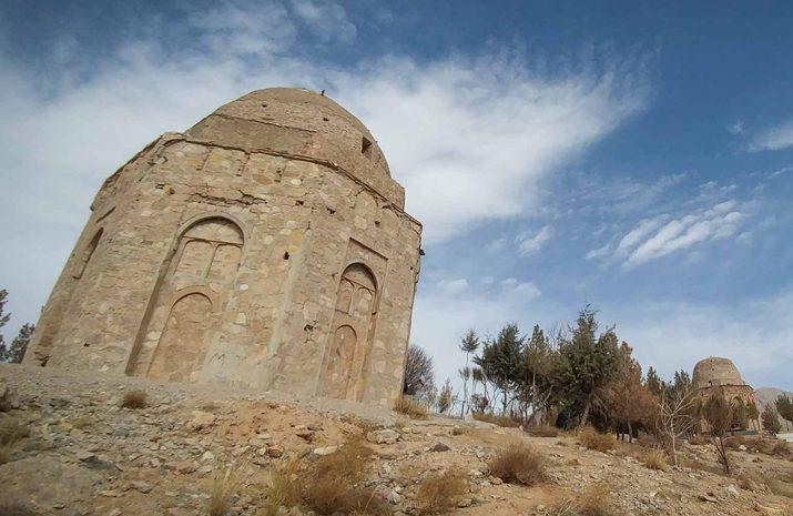 تورانپشت؛ روستایی دیدنی منسب به توراندخت ساسانی